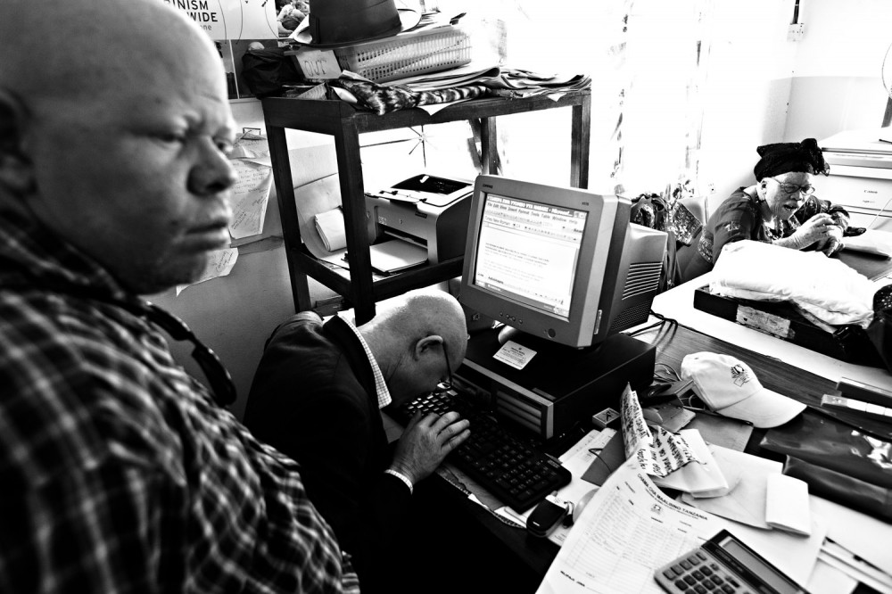 Art and Documentary Photography - Loading FVO-Albino-Killing-Tanzania-20.jpg