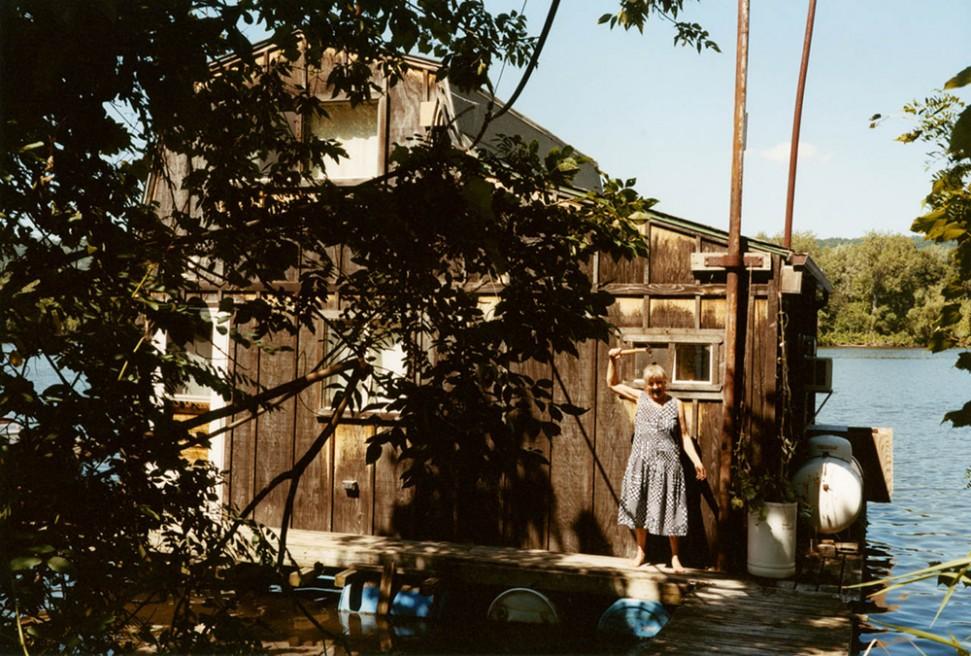 Art and Documentary Photography - Loading 06.Floating Winona.jpg