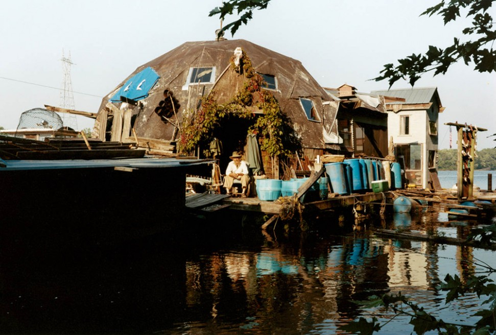 Art and Documentary Photography - Loading 07.Floating winona.jpg