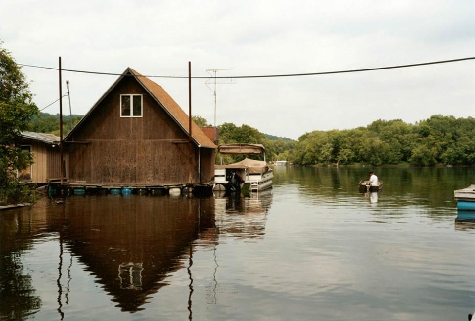 Art and Documentary Photography - Loading 10.Floating Winona.jpg