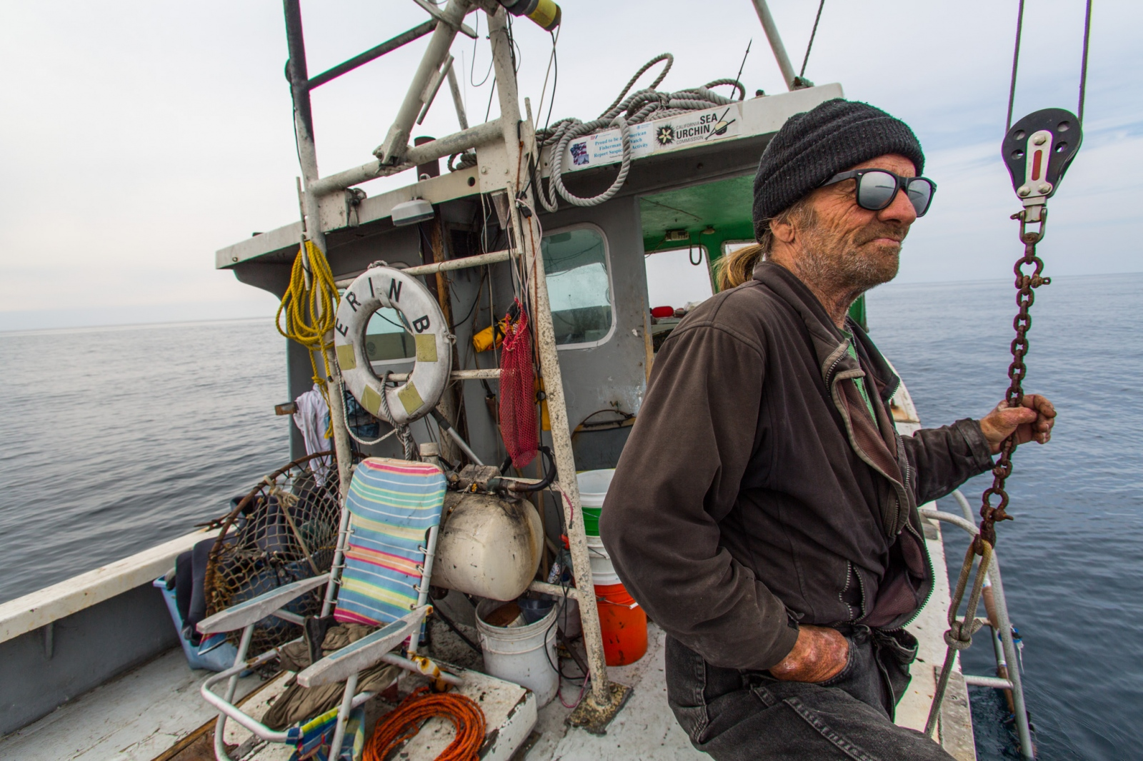 Kenny on the Erin B. out of San Diego, CA.From a personal project on new models in fisheries management.