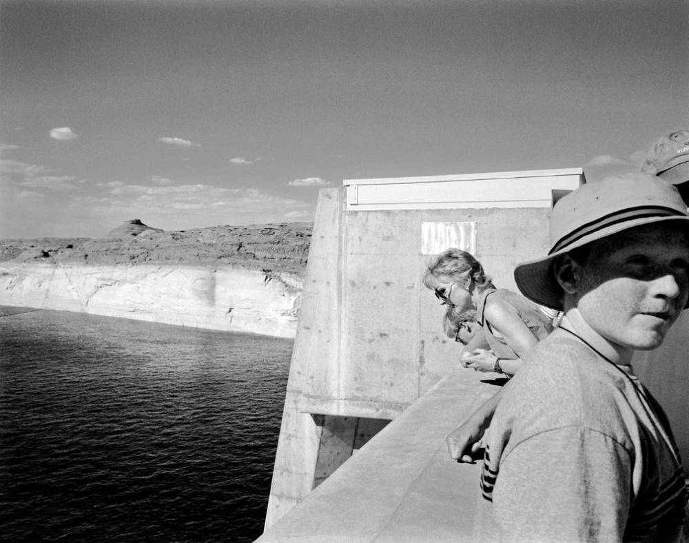Art and Documentary Photography - Loading 20040704_GlenCanyonDamTour.jpg