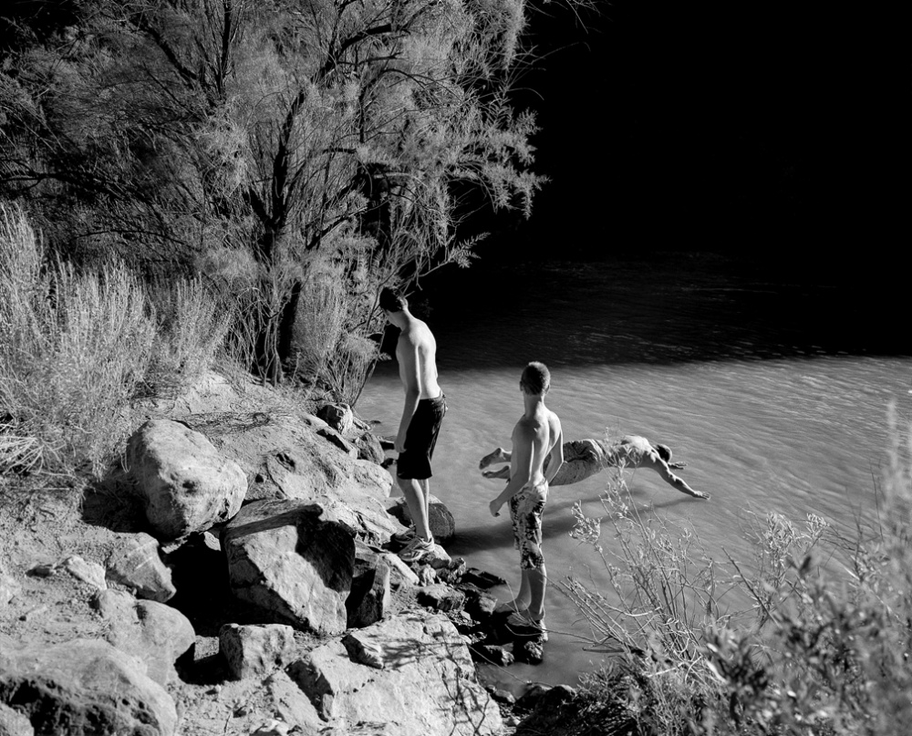 Art and Documentary Photography - Loading 20110807_BoysSwimming.jpg