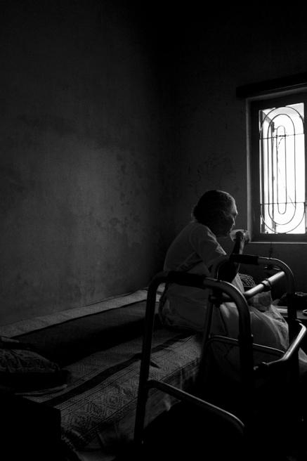 Art and Documentary Photography - Loading TanviMishra-008.jpg