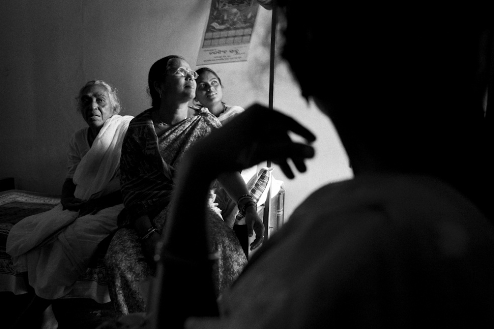 Art and Documentary Photography - Loading TanviMishra-009.jpg