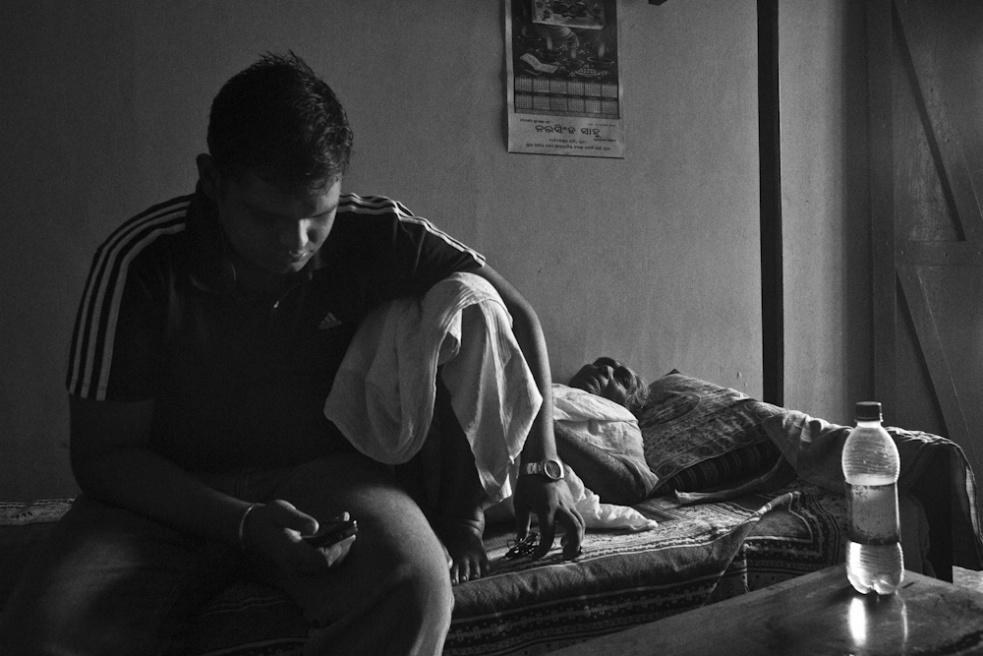 Art and Documentary Photography - Loading TanviMishra-010.jpg