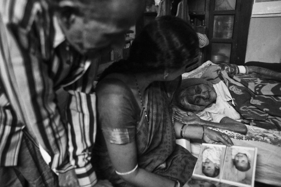 Art and Documentary Photography - Loading TanviMishra-013.jpg