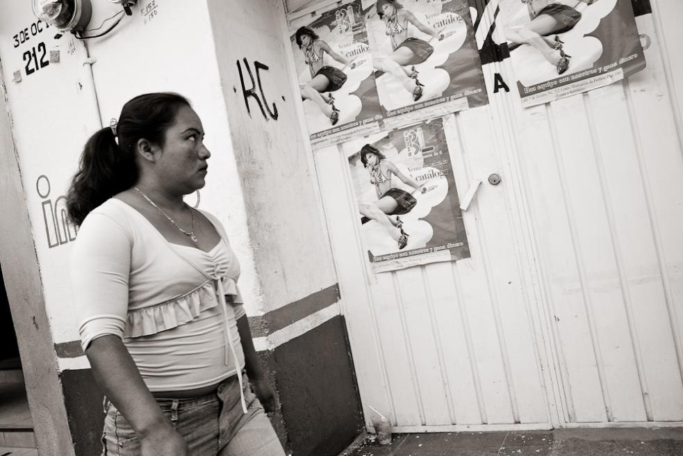 Art and Documentary Photography - Loading Oaxaca02.jpg