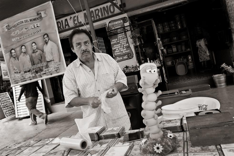 Art and Documentary Photography - Loading Oaxaca20.jpg