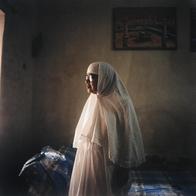Art and Documentary Photography - Loading EHerman_BD_05-16_01.JPG