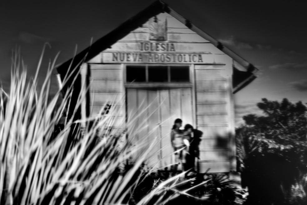 Art and Documentary Photography - Loading Nicolas Janowski-5.jpg